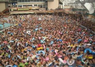 pool-people1.jpg